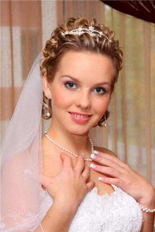 Short hair wedding hairstyles with veil vizitmir wedding hairstyles for short hair 2012 2013 short hairstyles 2016 2017 junglespirit Images