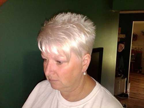 25 Short Hair Cuts For Older Women
