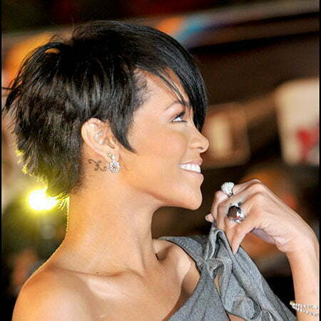 Short Pixie Stars Rihanna